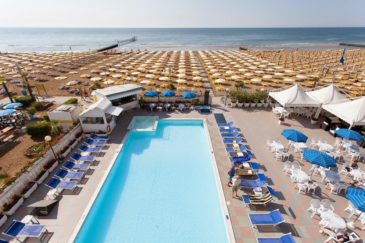 Residence hotel progresso 3 stelle jesolo appartamenti - Hotel con piscina jesolo ...